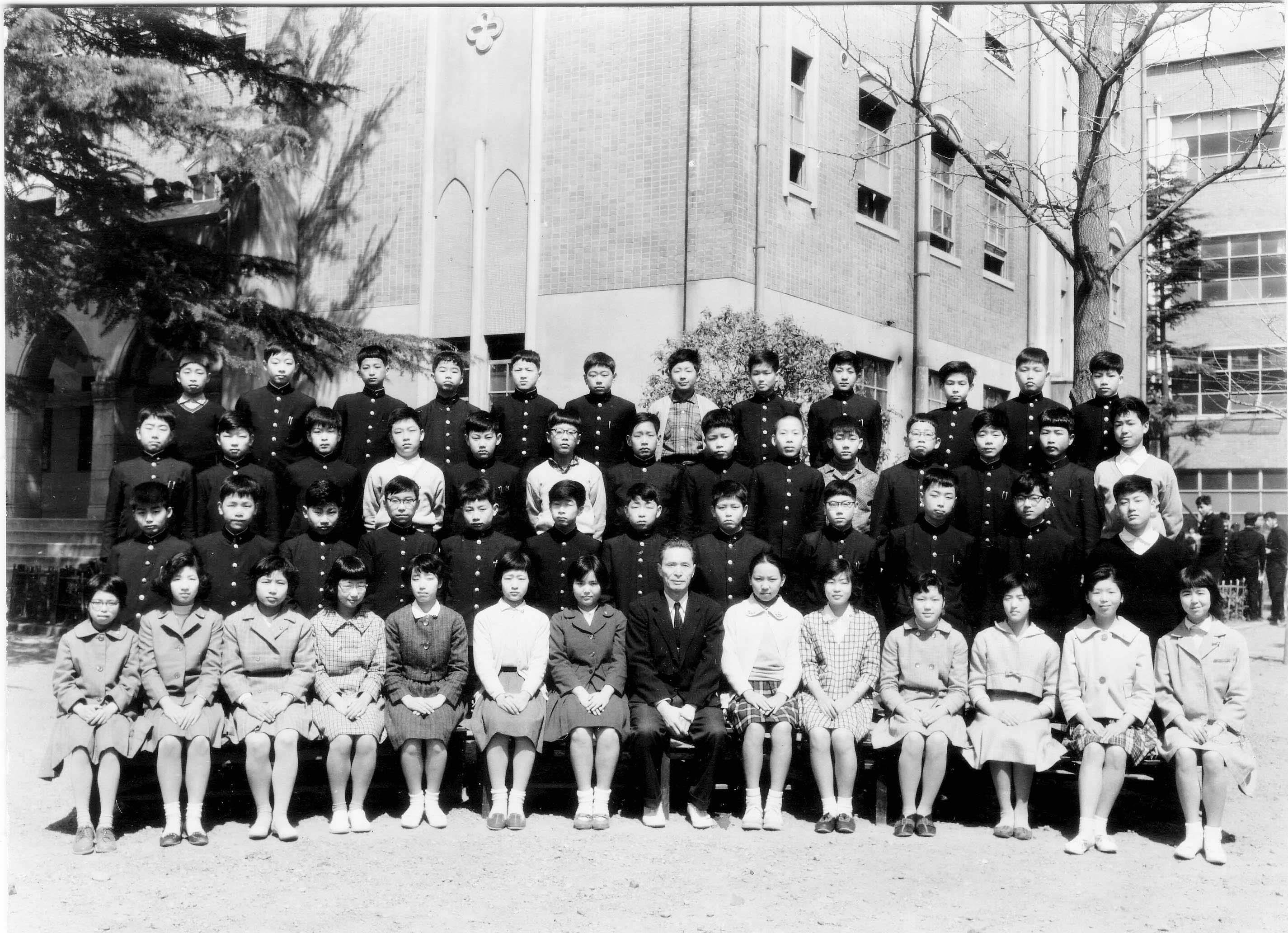 同志社39会 | 1960年2C秦先生クラス集合記念写真