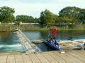 魚止めの堰とインディアン水車
